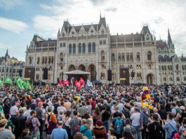 Мэр Будапешта получил одобрение на референдум по кампусу китайского университета Фудань