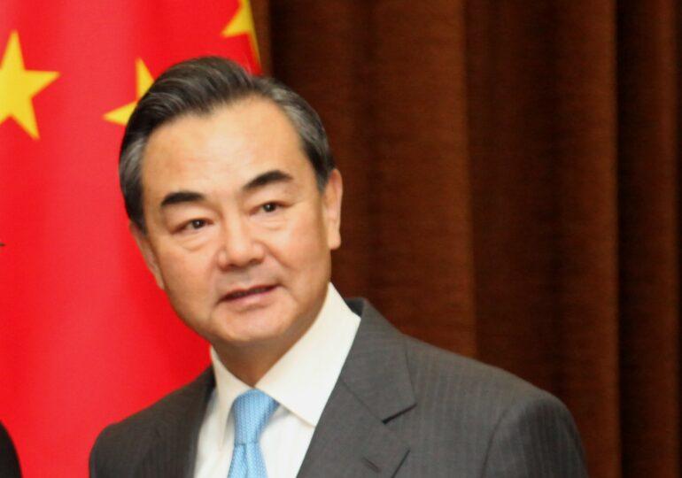 Ван И призвал G20 разморозить активы Афганистана
