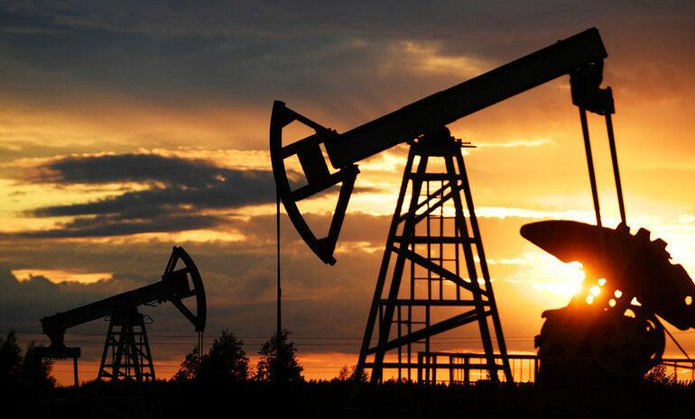 Нефтяные компании Китая потратят 120 миллиардов долларов на новые скважины — аналитики