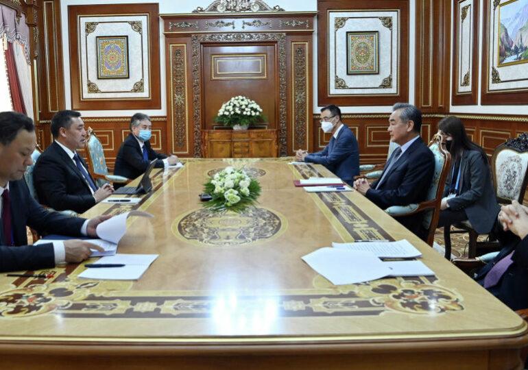 Китай готов выделить Кыргызстану 100 миллионов долларов