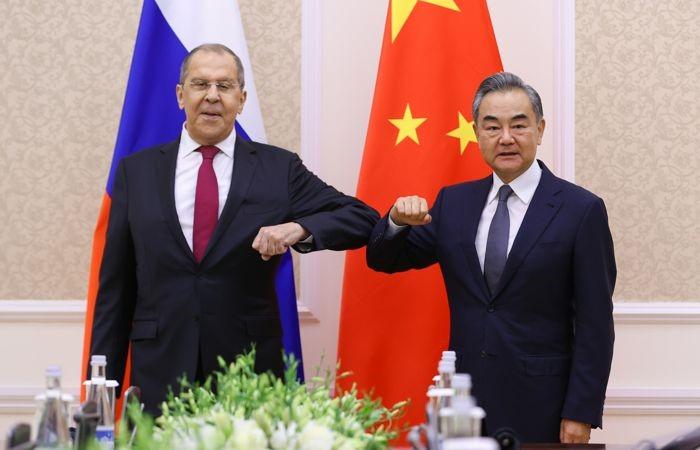 Переговорный процесс: сотрудничество России и КНР летом 2021 года