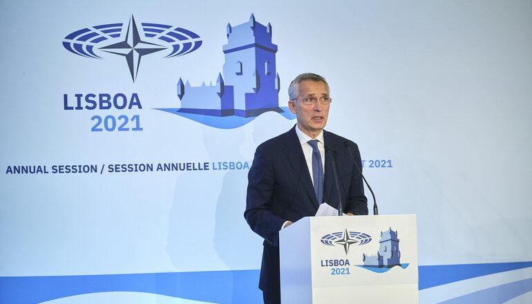 Растущее экономическое развитие Китая представляет угрозу для НАТО - Генсек НАТО