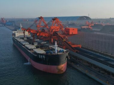 Импорт коксующегося угля в Китай упал на 35% в сентябре