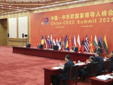 Экономика или безопасность: как страны ЦВЕ делают выбор между США и Китаем