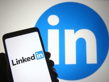 LinkedIn прекращает работу в Китае